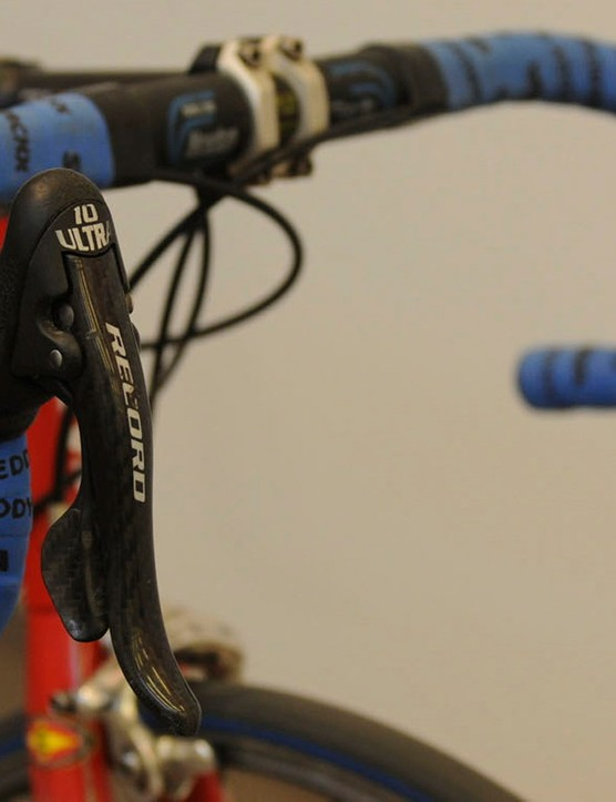 Campagnolo Record 10 speed levers were matched to a Chorus drivetrain