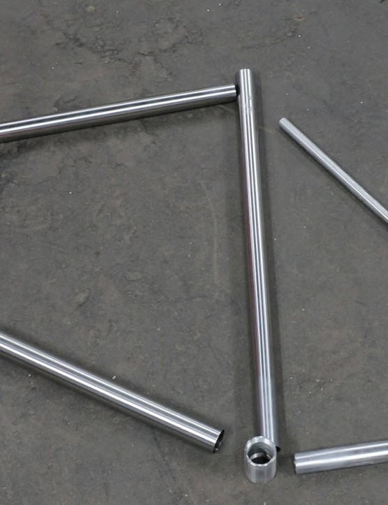 Starting with these tubes (plus the other stays), it'll take Johan 10-11 hours to create one stainless steel frame