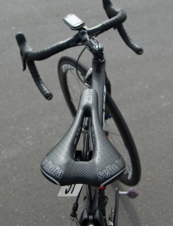 Saddles are provided by Selle Italia. Cromwell chooses the MAX SLR Gel Flow model