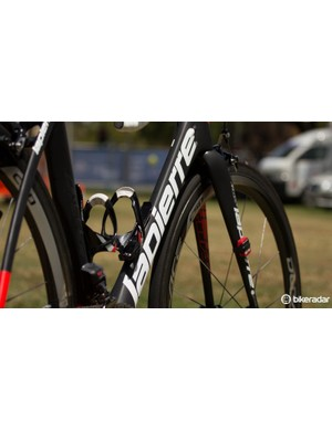 The Lapierre Aircode frame uses Kamm Tail aero profiles for aerodynamics without sacrificing real-world performance in comfort and stiffness