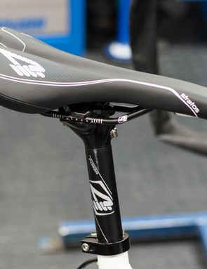The 4ZA seatpost and stem wouldn't look out of place on a bike twice the price