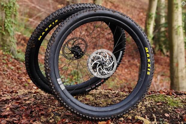 Ibis 741 carbon 650b wheelset
