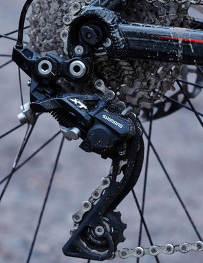 The Sentier VRS is kitted with a solid selection of Deore, SLX and XT stop/go kit