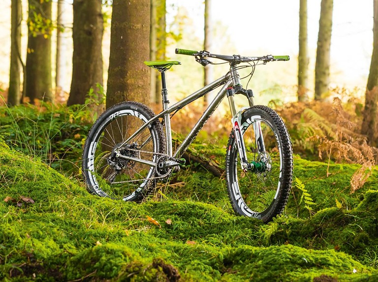 Bikes on Flipboard by SlackPacket | Mountain Biking, Fatbiking