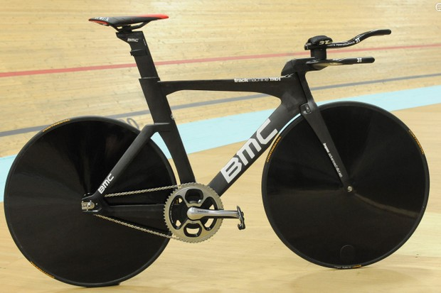 Rohan Dennis' world hour record setting bike: a BMC Trackmachine TR01 with a custom cockpit