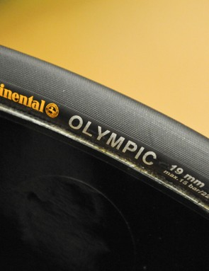 Continental's Finest Olympic 19mm tubulars were inflated to between 14-15bar