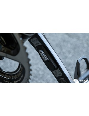 Thomas and the rest of Team Sky use Stages power meters. For 2015, the team will use standard production units, instead of the 'team-issue' blue models they had before