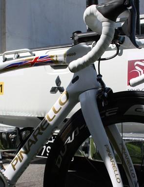 Bradley Wiggins' Pinarello Dogma F8 road bike