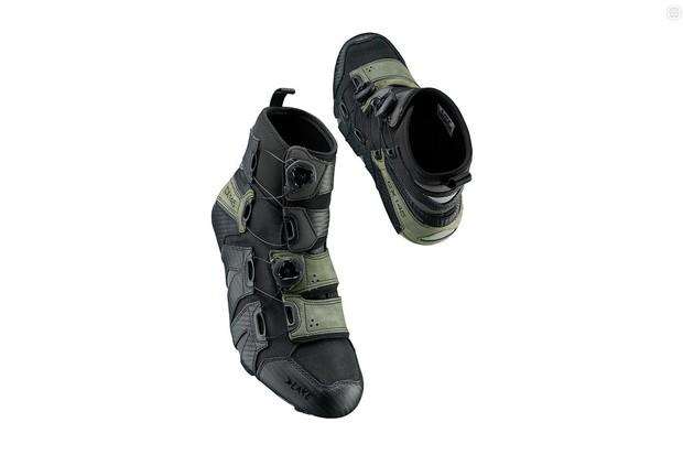 Lake CX145 shoes