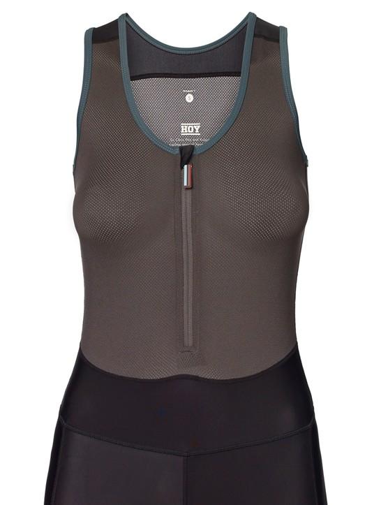 The women's bibs have a full vest upper