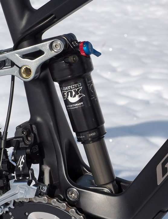 The rear shock has a firm compression tune, which is great for pedaling efficiency but negatively impacts bump sensitivity
