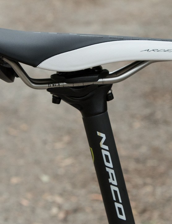 A Norco-branded carbon seat post holds the Fizik Ardea MG saddle - we didn't love the latter