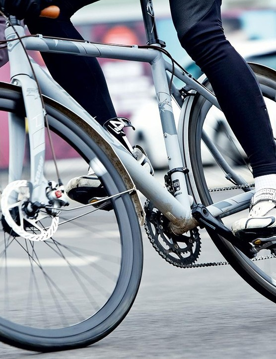 A comfy ride that's ideal for commuting, but it could do with a lower bottom gear