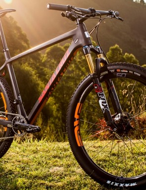 The Highball frame is also now available in carbon and alloy options
