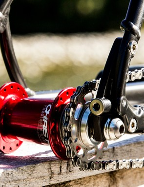 The aluminium Highball can be equipped with optional singlespeed dropouts