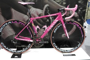 Nairo Quintana's pink CF SLX is certainly a head-turner