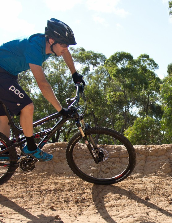 The Polygon Siskiu D7.0 is a properly trailworthy dual suspension bike at a mid-level hardtail price