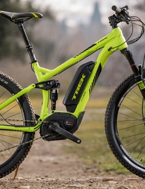This is the top end Powerfly FS+ 9, which has a SRAM X1 drivetrain paired to 15T drive cog to offer serious climbing ability