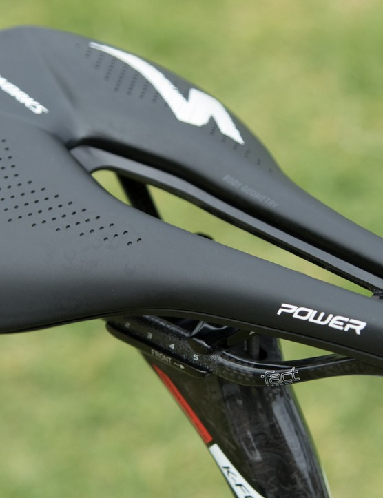 First seen on Lars Boom's bike, the stub-nose Specialized Power saddle