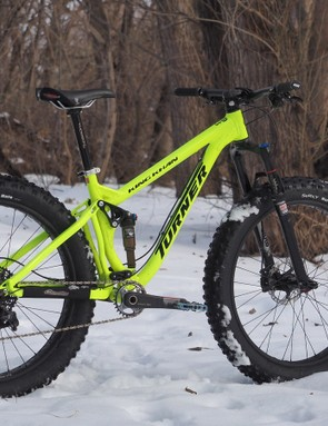 The Turner King Khan is a beast of a fat bike with five inches of wheel travel at either end and room for 4.8in-wide tires on 80mm rims. It's unquestionably heavy but tons of fun, too