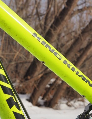 Our bike didn't come with a dropper post but routing is integrated into the frame should you decide to add one