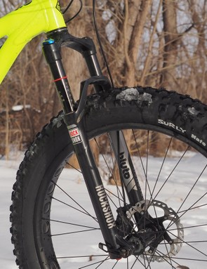 The RockShox Bluto is a good match for the Fox rear shock with a nicely controlled stroke. The 32mm-diameter chassis is noticeably flexy when traction conditions are good, though
