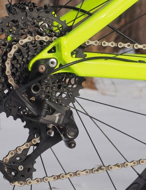 While some may lament the 1x-only frame configuration as a major bummer, the SRAM drivetrain does work very, very well