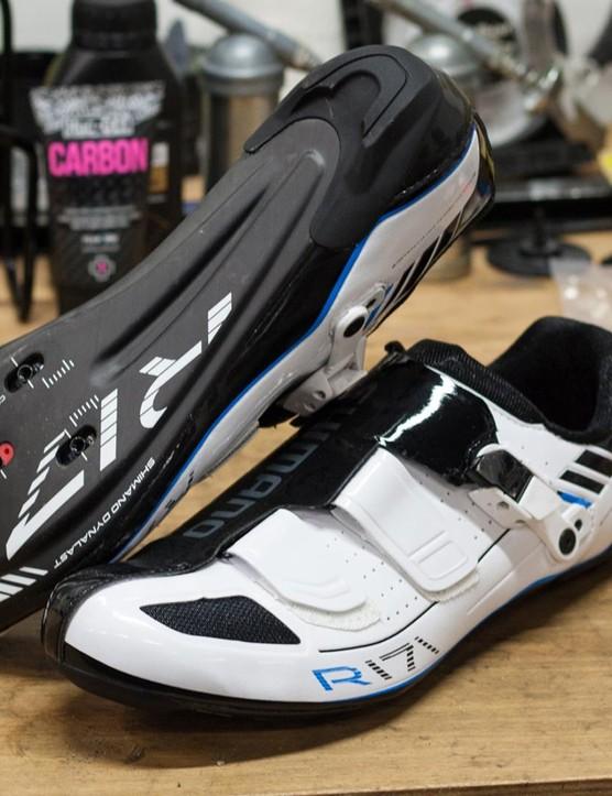 Shimano R171 shoes