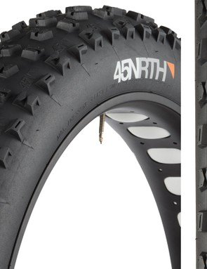The new rear-specific Dunderbeist fat bike tire from 45NRTH features a 4.6in-wide, tubeless-ready, 120tpi casing with a meaty tread aimed at boosting drive traction