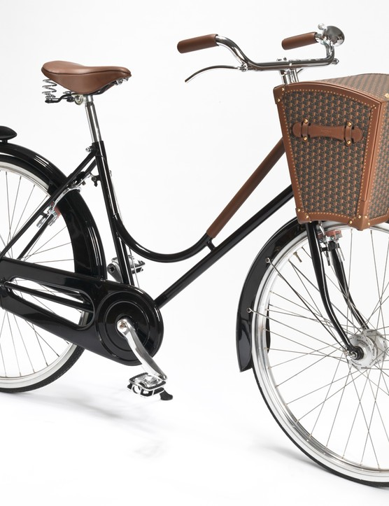 Moynat's Malle Bicyclette is a fusion of Italian frame building and French luxury luggage