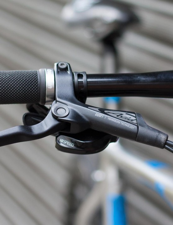 Avid Elixir one hydraulic brakes are a big step up from the mechanical discs found on many cheaper hybrids