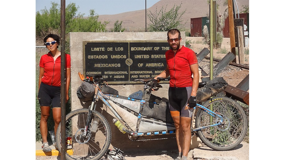In 2012, Salsa-sponsored endurance racer Kurt Refsnider and his stoker, Caroline Soong, successfully completed the 2,700-mile Tour Divide race on a Powderkeg prototype