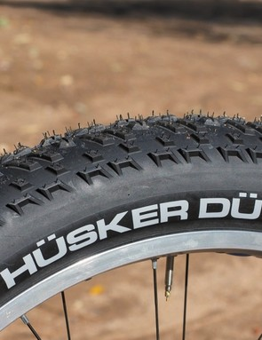 The 45NRTH Husker Du tires roll quite well for the segment and provide good grip in dry conditions but they're disappointingly lacking when riding on snow