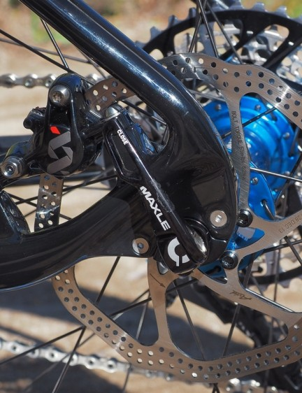 The bolt-on nature of the aluminum dropout inserts suggest that they're interchangeable between quick-release and thru-axle but Borealis only offers the Echo with the latter