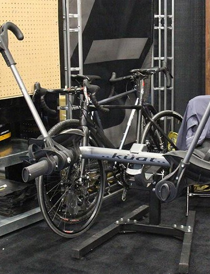 Küat's new Transfer rack comes in two and three bike versions and can fit 2in and 1 1/4in receivers. This entry-level hitch rack retails for US$289-US$389. (UK and Australian pricing TBD)