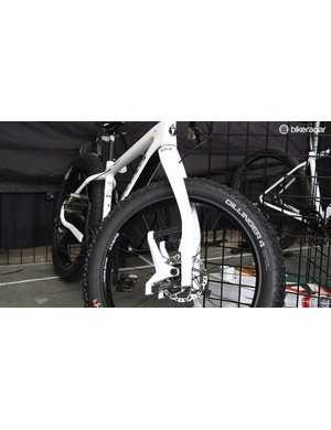 Lauf's Carbonara fat bike fork