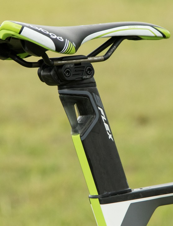 Merida's 'S-Flex' seatpost does work, but the elastomer absorber is mostly for show
