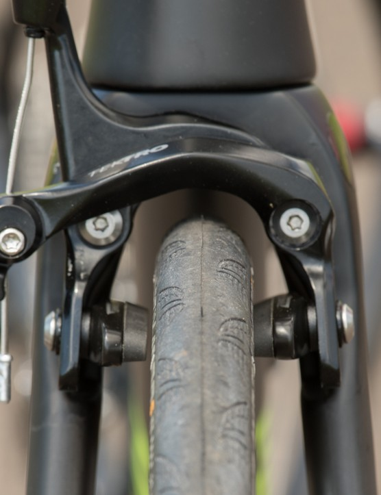 No matter what we tried, the Tektro brakes could not be adjusted to center over the rims