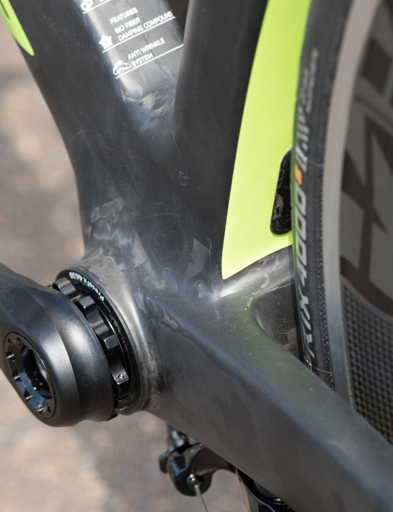 Helping with the stiffness, an oversized BB386EVO bottom bracket gives plenty of room for the wide box-section chainstays and a beefy down tube