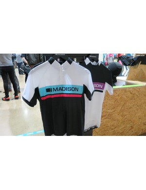 The women's jerseys don't go over the top with 'girly' details