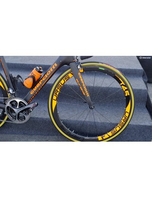 The Ursus Miura T45 wheels are an unusual choice