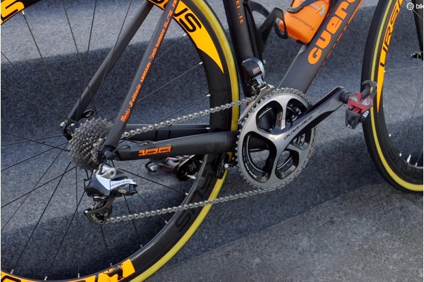 The Eureka SHM50 is fitted with Shimano Dura-Ace Di2. We'd have expected Campagnolo, given its Italian breeding