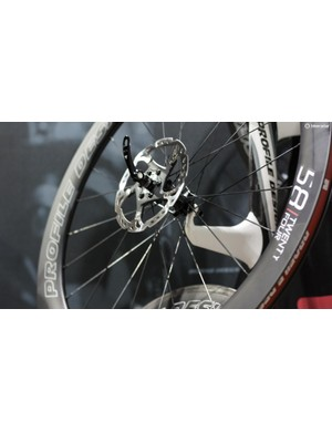Profile Design's 58/Twentyfour carbon clincher disc wheels arrive with a claimed weight of 1,690g for the pair, only 60g more than the rim brake versions
