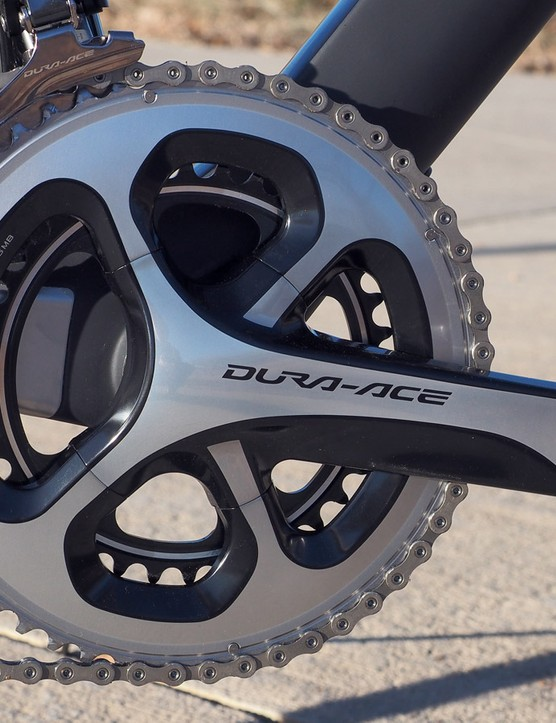 Canyon specs mid-compact 52/36T chainrings on the Aeroad CF SLX 9.0 SL
