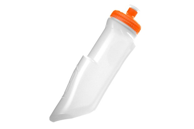 The BackBottle is designed specifically for jersey pockets