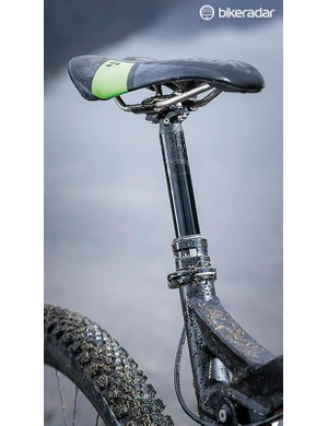 On paper some of the spec, such as the external hose Reverb seat post and older Elixir (rather than Guide) bodied DB3 brakes, is unremarkable next to some peers –but it all performs admirably on the trail