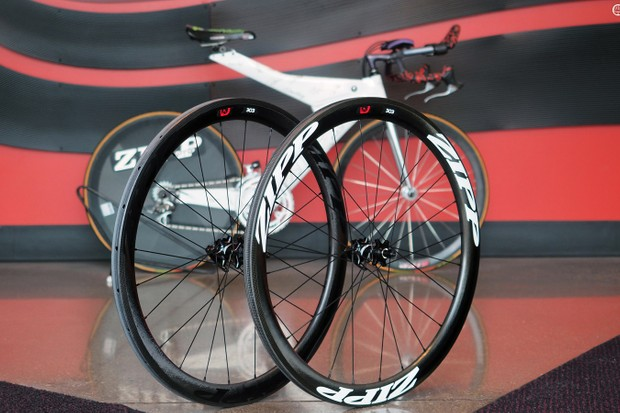 Zipp has officially released disc brake-compatible versions of its 303 Firecrest road wheels. Claimed weight for the carbon clincher version is 1,645g per pair; the tubulars come in at 1,400g