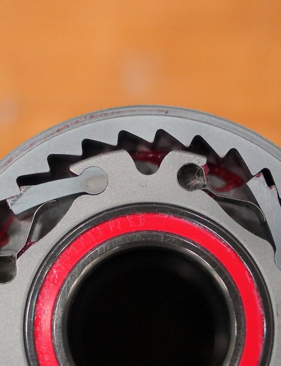 The freehub body is driven by two sets of slightly offset pawls. Combined with the 32-tooth ratchet ring, you get a speedy 5.6-degree engagement