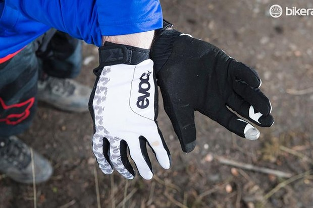 EVOC Enduro Touch gloves