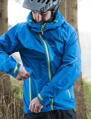 The side pockets feature waterproof zips